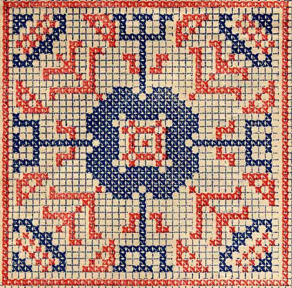 вышивка герба с монограммой